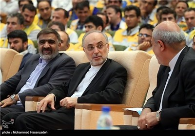 Iran Takes Over Bushehr N. Power Plant