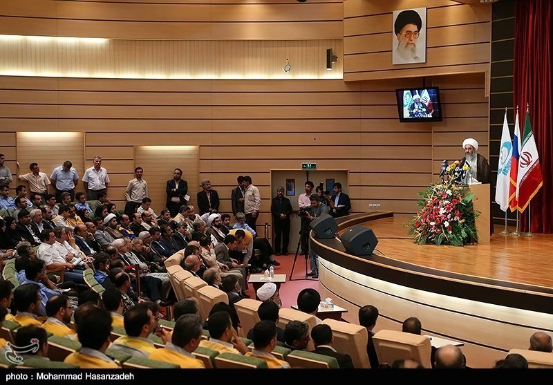 Iran Takes Over Bushehr N. Power Plant