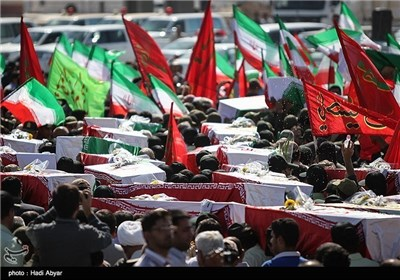 Photos: Bodies of Martyrs of Iraqi Imposed War on Iran Return Home