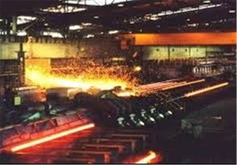 Iran, Italy Ink Contract to Establish Steel Mill in Southern Iran