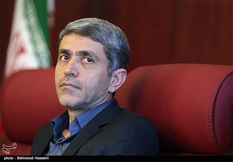 Iranian Economy Minister Departs for US