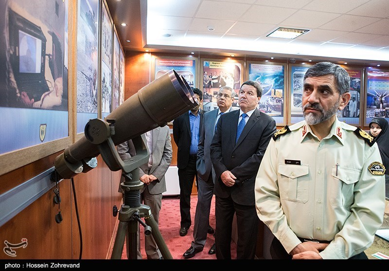 IR of Iran Armed Forces Photos and Videos 139207101923349571286994