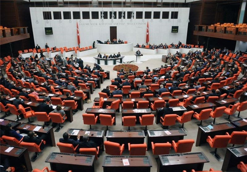 Turkish MPs Back Operations in Syria, Iraq