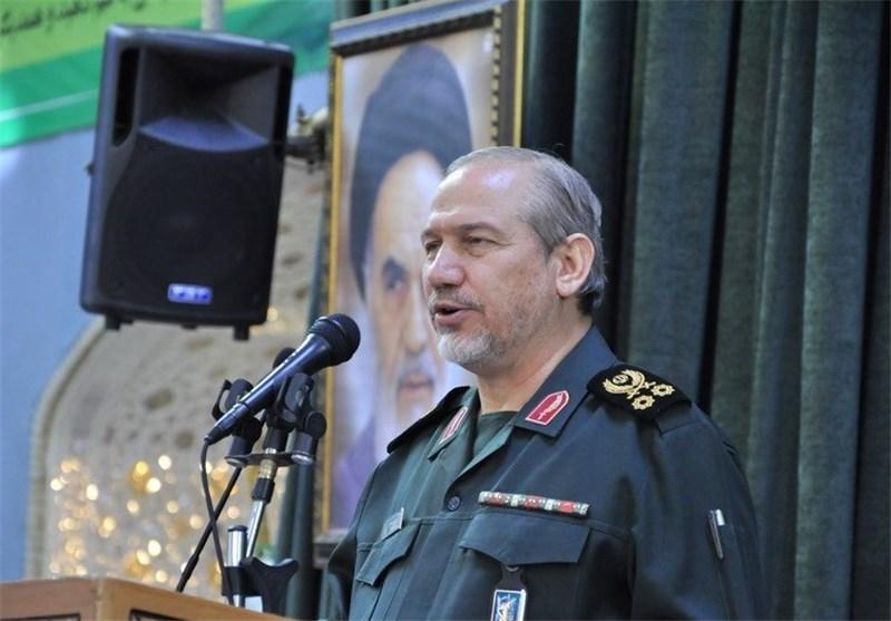 اللواء رحیم صفوی: ایران اجتازت مسیرة الـ100 عام لاقتدارها الدفاعی خلال 30 عاما
