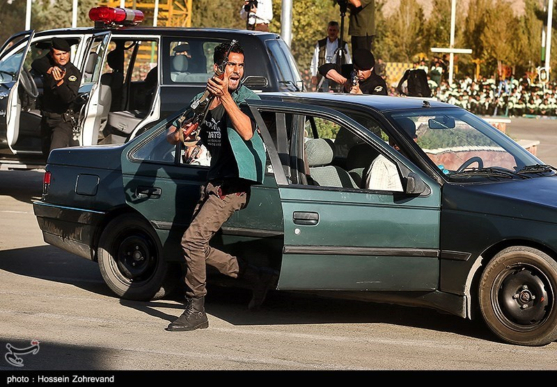 Robber Killed in Police Shooting During Chase in Tehran
