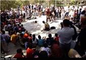 جشنواره ملی تئاتر خیابانی رضوی جنوب کرمان برگزار میشود