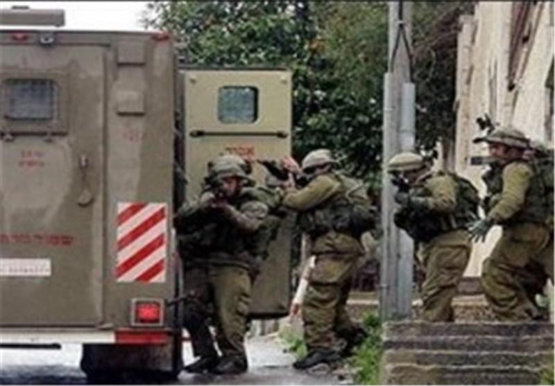 الإحتلال یقتحم بلدة تل جنوب نابلس و یعتقل 5 مواطنین