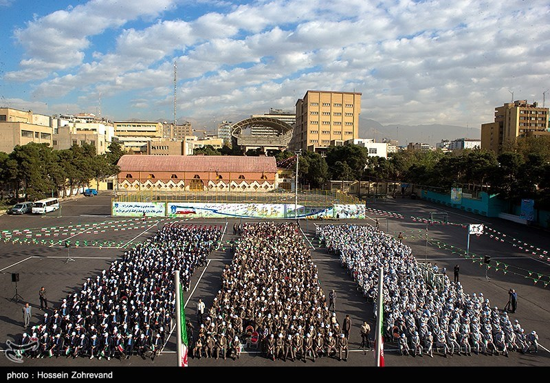 همایش طلایهداران فرهنگ ترافیک در دبیرستان البرز
