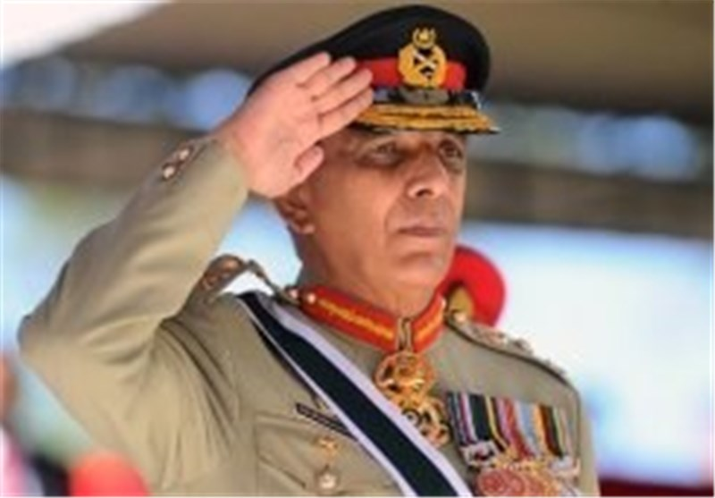 Pakistan Army Chief Supports Talks with Taliban