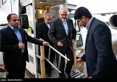 Iranian Negotiators Arrive in Geneva for Talks with G5+1