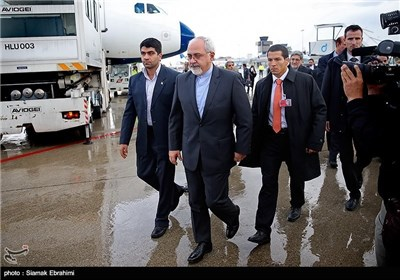 Photos: Iranian Negotiators Arrive in Geneva for Talks with G5+1