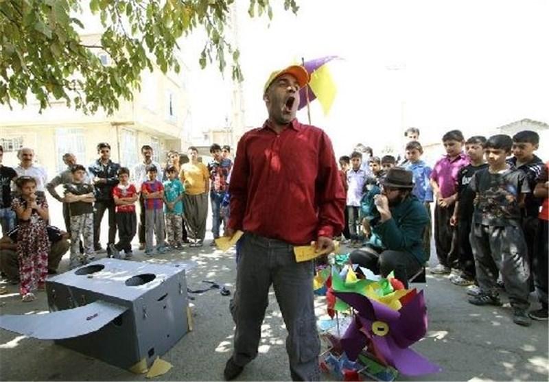 زارعان: مرکز هنرهای نمایشی باید حامی تئاتر خیابانی باشد