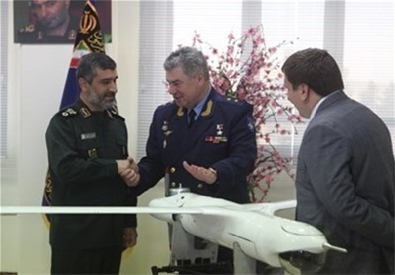 Russian Air Force Commander Visits Military Airbase in Tehran