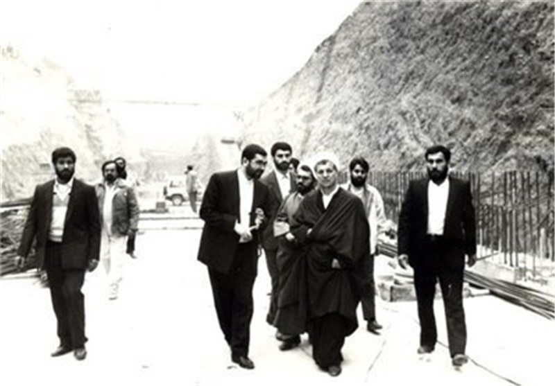 کیف ردت أمریکا علی ثقة هاشمی رفسنجانی ووزیر الخارجیة الحالی ظریف؟