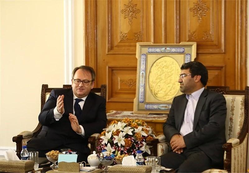 ملکشاهی یوکد استعداد مجلس الشورى من تبادل الخبرات البرلمانیة مع مجلس الشیوخ الفرنسی