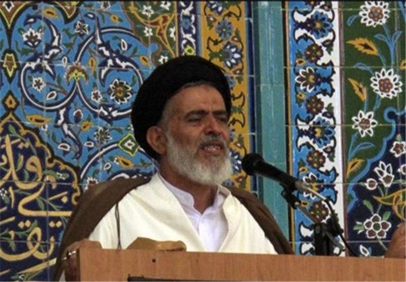پیکر امام جمعه فقید لارستان تشییع شد
