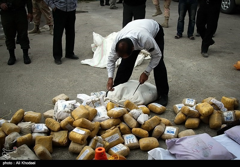 в Иране задержали наркобарона и 400 кг героина