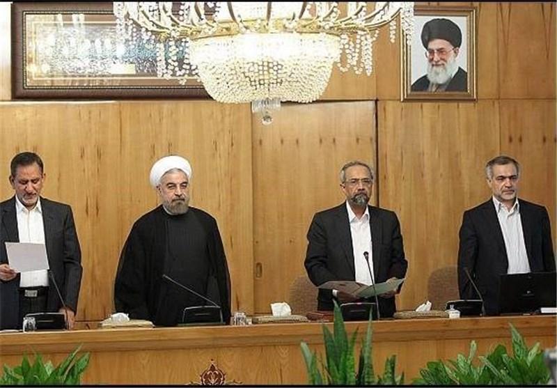 فعالیت سه مشاور رئیس جمهور بدون ابلاغ حکم رسمی