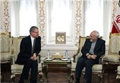 Iran, Poland Stress Further Expansion of Relations
