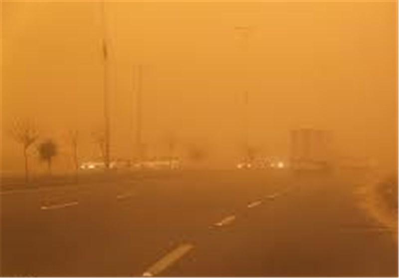 تداوم توفان گرد و خاک در نواحی شمالی سیستان و بلوچستان