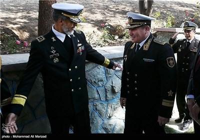 Photos: Iranian, Kazakh Navy Commanders Meet in Tehran