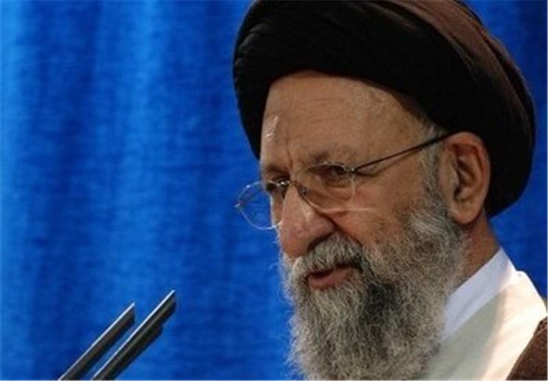 """آیتالله نورمفیدی: پیادهروی اربعین حسینی نمایشی از """"اقتدار"""" مسلمانان جهان است"""