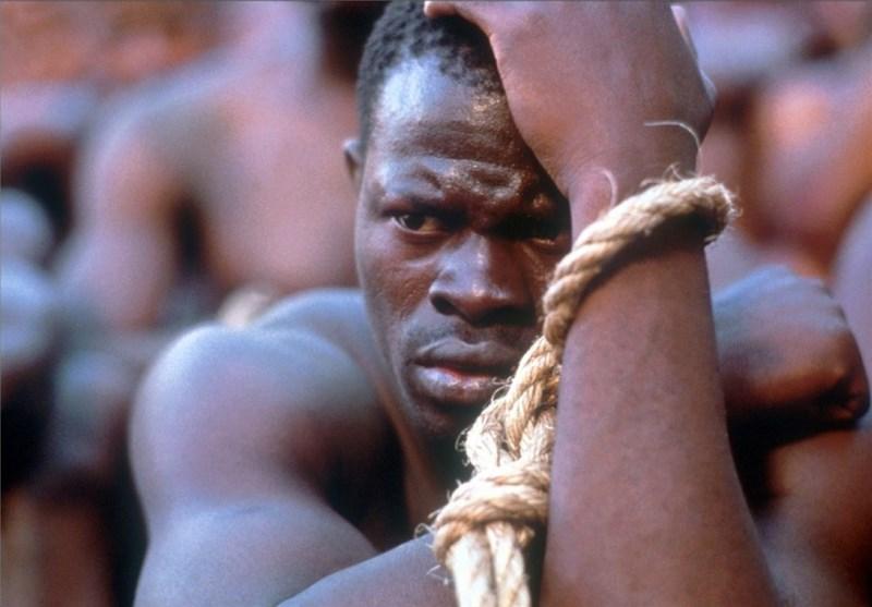 """آغاز سال میلادی/اعلام منع بردهداری در امریکا/پیروزی مردم کوبا به رهبری""""کاسترو"""""""