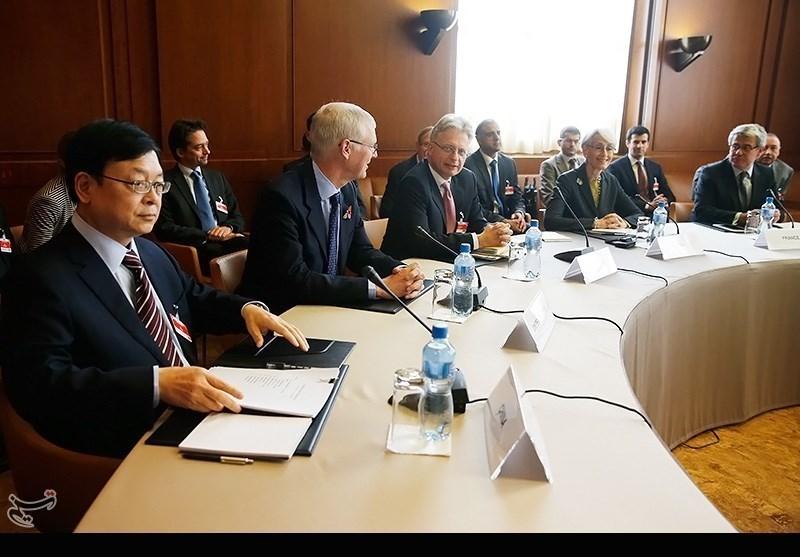 Iran, G5+1 Representatives Hold Talks in Geneva