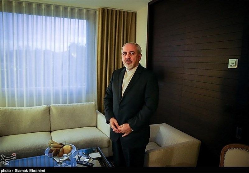 Zarif Calls for Expansion of Iran-Brunei Ties in All fields
