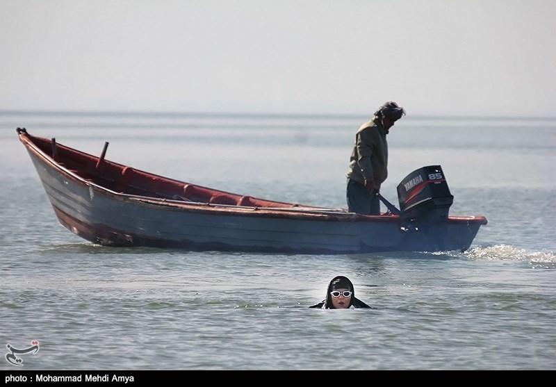 شنا و قایق سواری در حمایت از حفظ فک دریای خزر