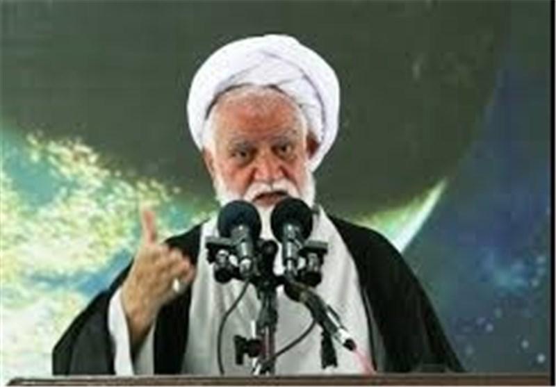 قدرت پوشالی آل سعود با یک نهیب رهبر معظم انقلاب فرو ریخت