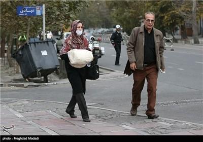 Tehran Closes Kindergartens, Elementary Schools over Air Pollution
