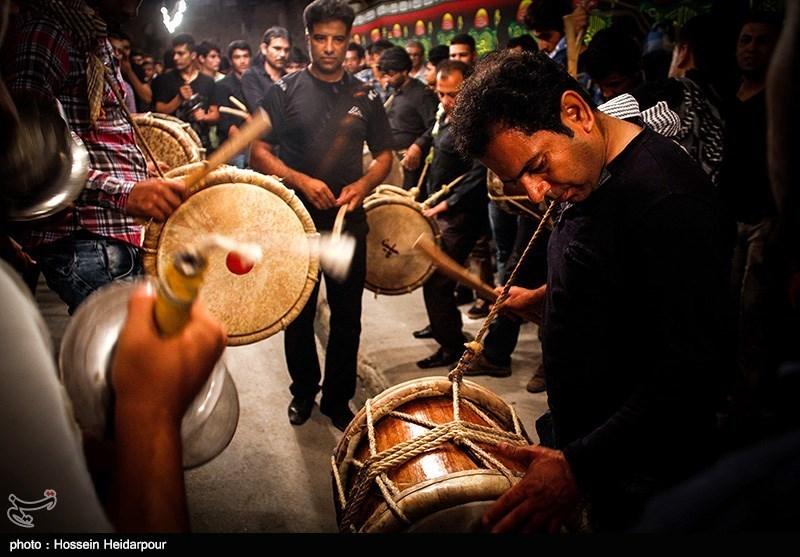 139208211608323901526554 تصاویر/ سنج و دمام در عزاداری بوشهر