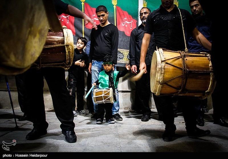 139208211608327171526554 تصاویر/ سنج و دمام در عزاداری بوشهر
