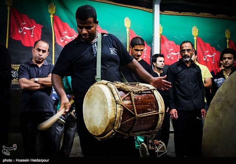 139208211608328271526554 تصاویر/ سنج و دمام در عزاداری بوشهر