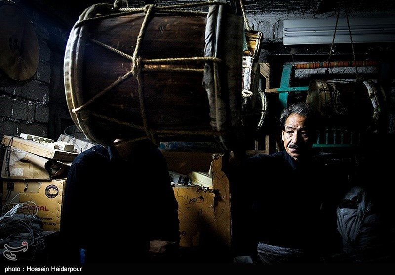 139208211608337001526554 تصاویر/ سنج و دمام در عزاداری بوشهر