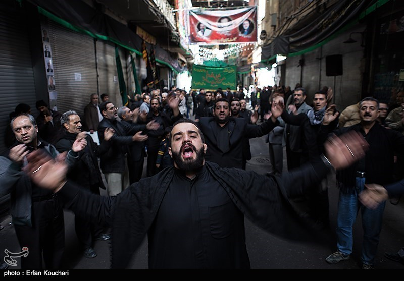 Shiite Muslims in Iranian Capital Hold Tasua Ritual
