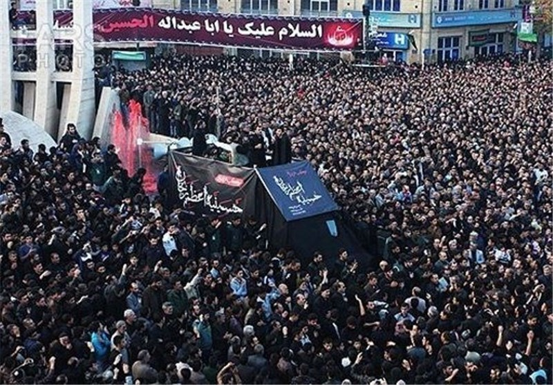 Iranian Mourners Mark Anniversary of Martyrdom of Imam Hossein