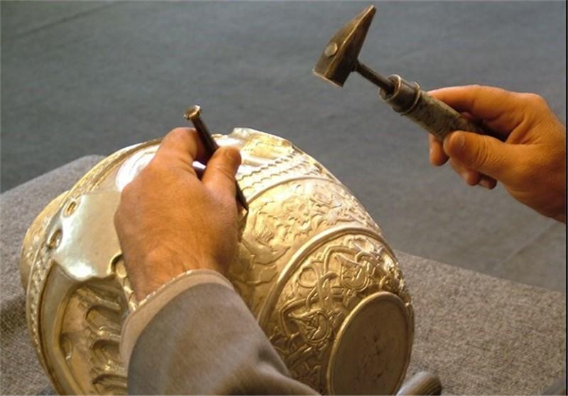 بیش از 4 هزار هنرمند صنایع دستی در سمنان فعال هستند