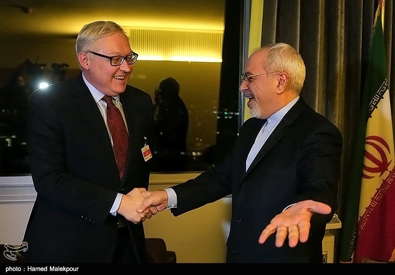 Iran's FM, Russian Deputy FM Hold Bilateral Meeting in Geneva