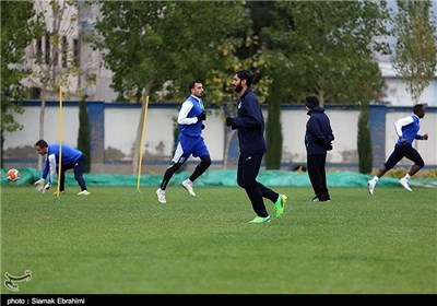 قلعهنویی مسی فوتبال ایران را معرفی کرد