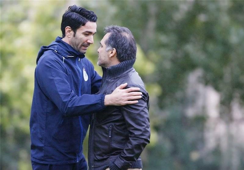ماجدی: نکونام تا این لحظه بازیکن استقلال است/ در تیم قلعهنویی بیانضباطی جایی ندارد