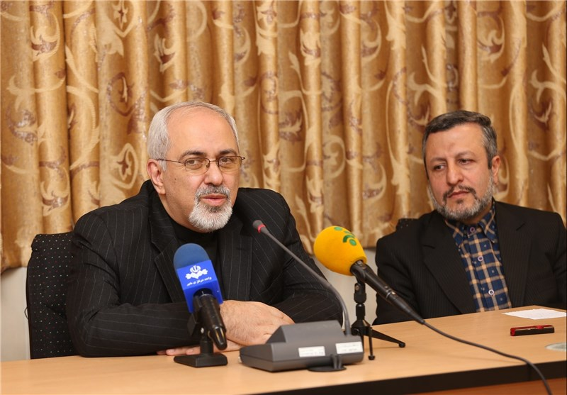 Iran's FM Calls for National Unity to Achieve Goals
