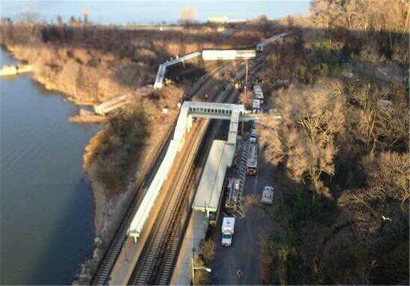 Metro-North Passenger Train Derails in NYC, Plunges into River