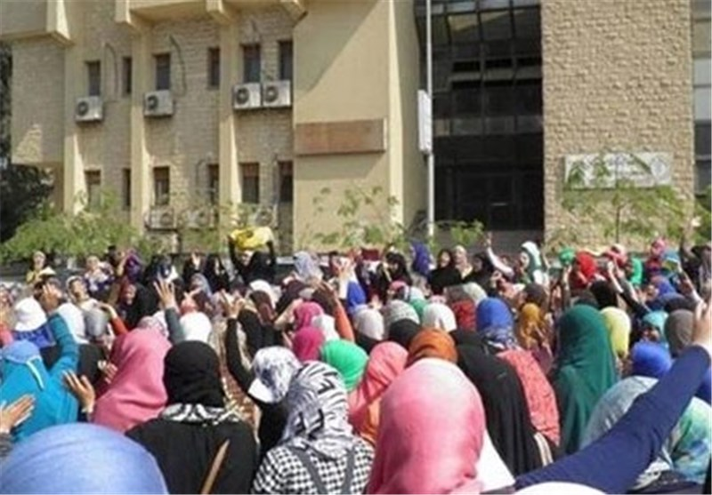Pro-MB Female Students Shut Down Engineering Faculty