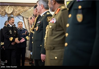 Photos: Foreign Military Attaches in Iran Meet Navy Commander