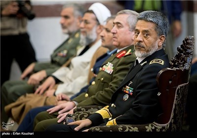 Foreign Military Attaches in Iran Meet Navy Commander