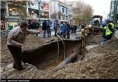 درخواست از نهادهای امدادی برای مهار ترکیدگی لوله میدان توحید تهران