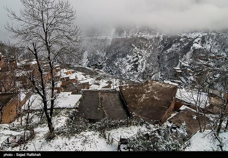 بارش برف پاییزی در ماسوله