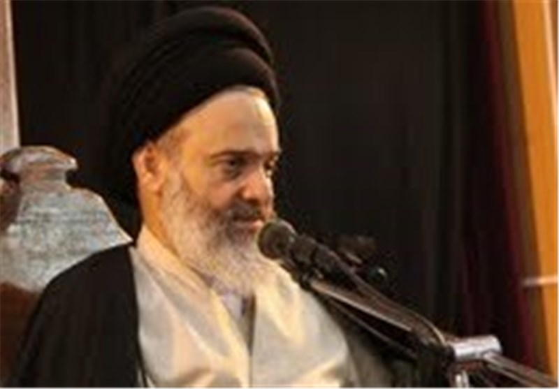 آیتالله حسینیبوشهری: قیام امام حسین(ع) هر روز پویاتر از گذشته میشود